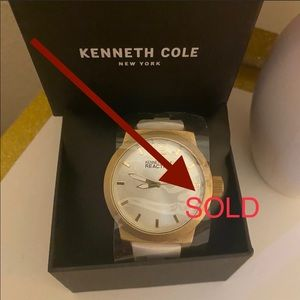 """NEW """"KENNETH COLE """" white watch"""
